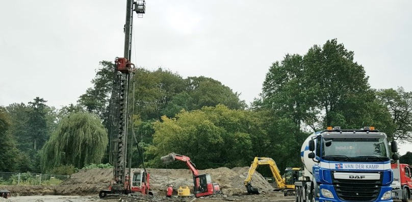 Omnia Wonen bouwt.